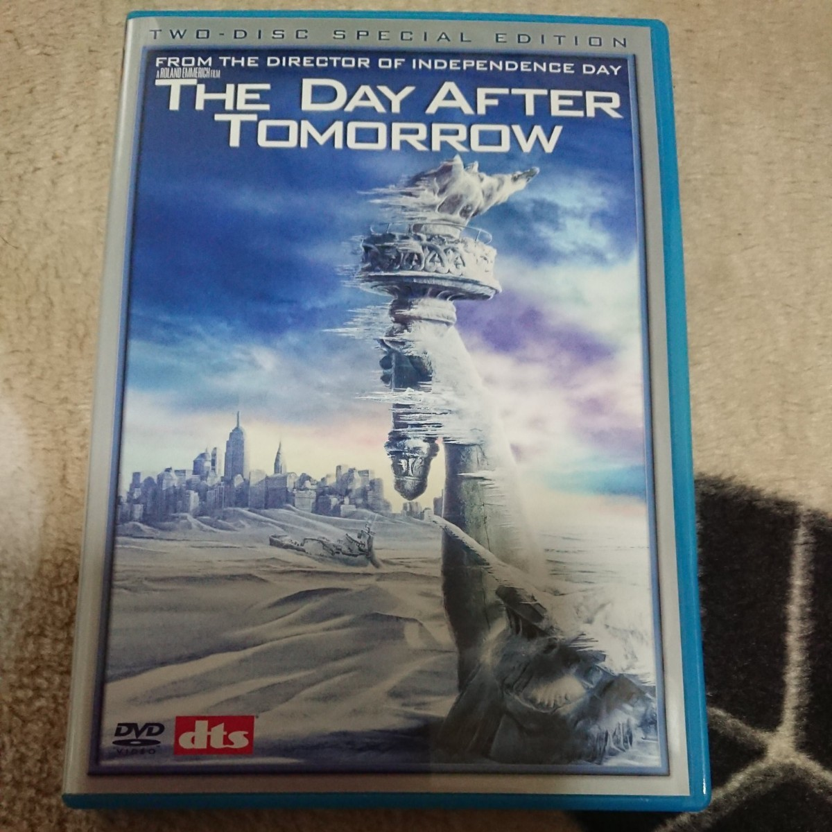 THE  DAY  AFTER  TOMORROW DVD