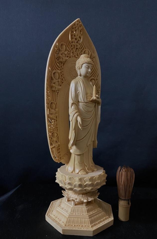 最高級品 高45cm 総檜材 仏教工芸品 木彫仏教 精密彫刻 極上品 仏師で仕上げ品 薬師如来立像_画像6