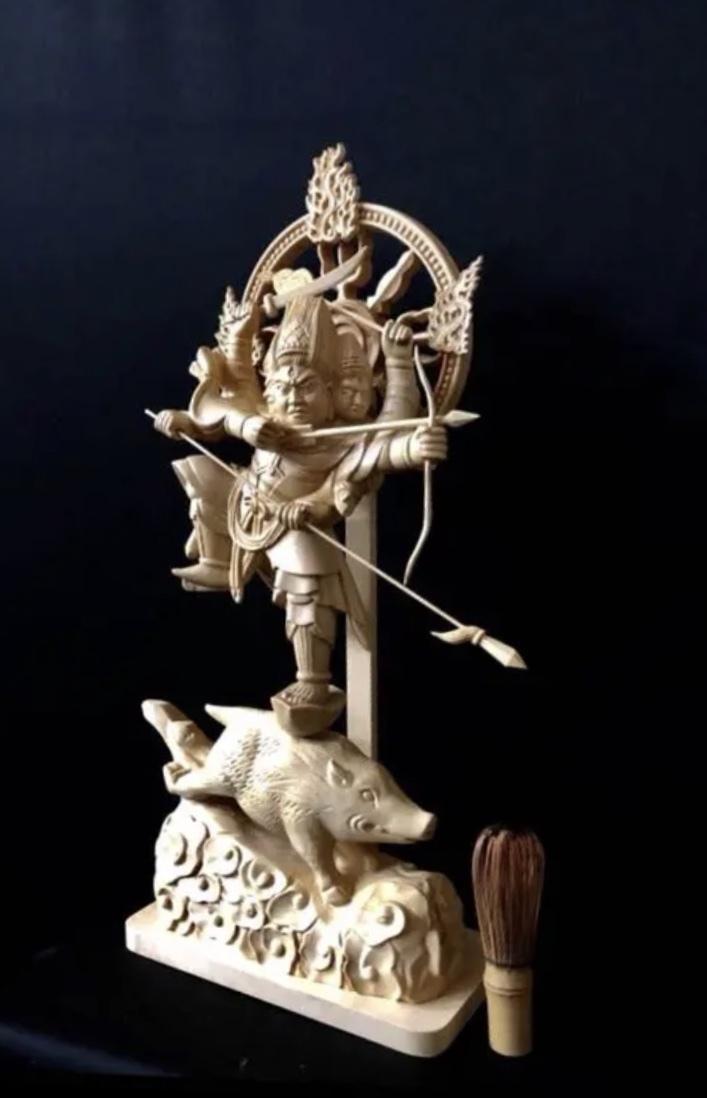 珍品 一点限り 大型50cm 総檜材 仏教工芸品 木彫仏教 精密彫刻 極上品 仏師で仕上げ品 武者 摩利支天立像_画像3