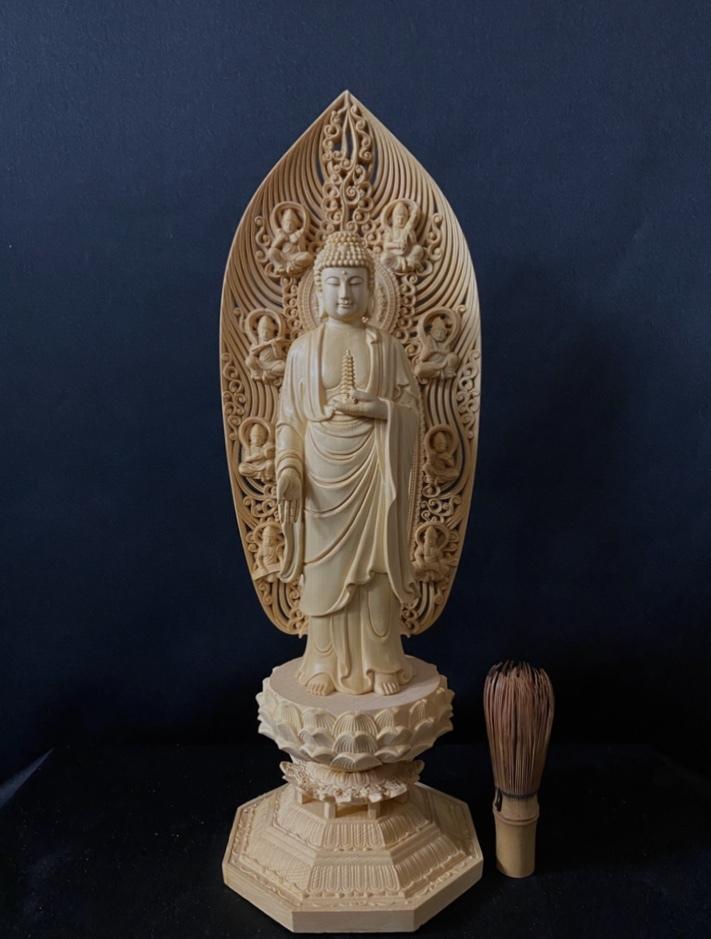 最高級品 高45cm 総檜材 仏教工芸品 木彫仏教 精密彫刻 極上品 仏師で仕上げ品 薬師如来立像_画像3