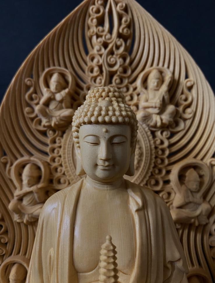 最高級品 高45cm 総檜材 仏教工芸品 木彫仏教 精密彫刻 極上品 仏師で仕上げ品 薬師如来立像_画像2
