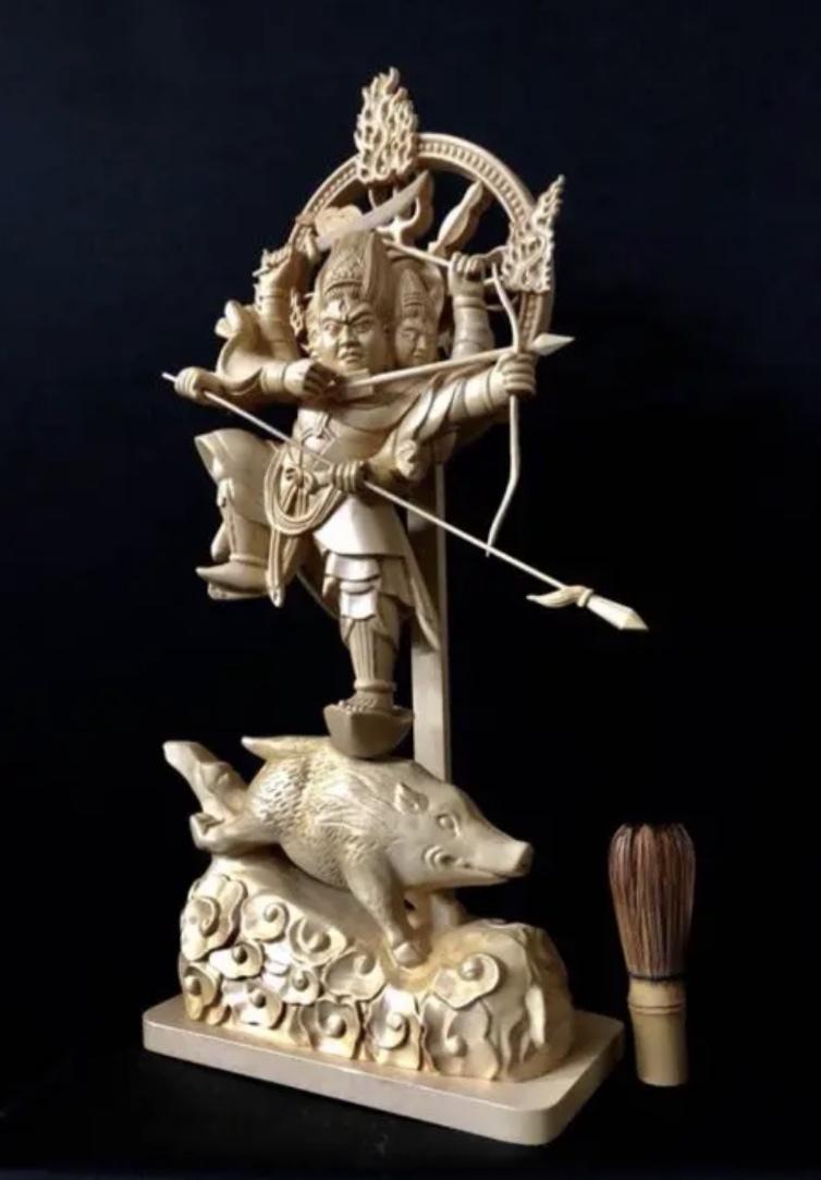珍品 一点限り 大型50cm 総檜材 仏教工芸品 木彫仏教 精密彫刻 極上品 仏師で仕上げ品 武者 摩利支天立像_画像2