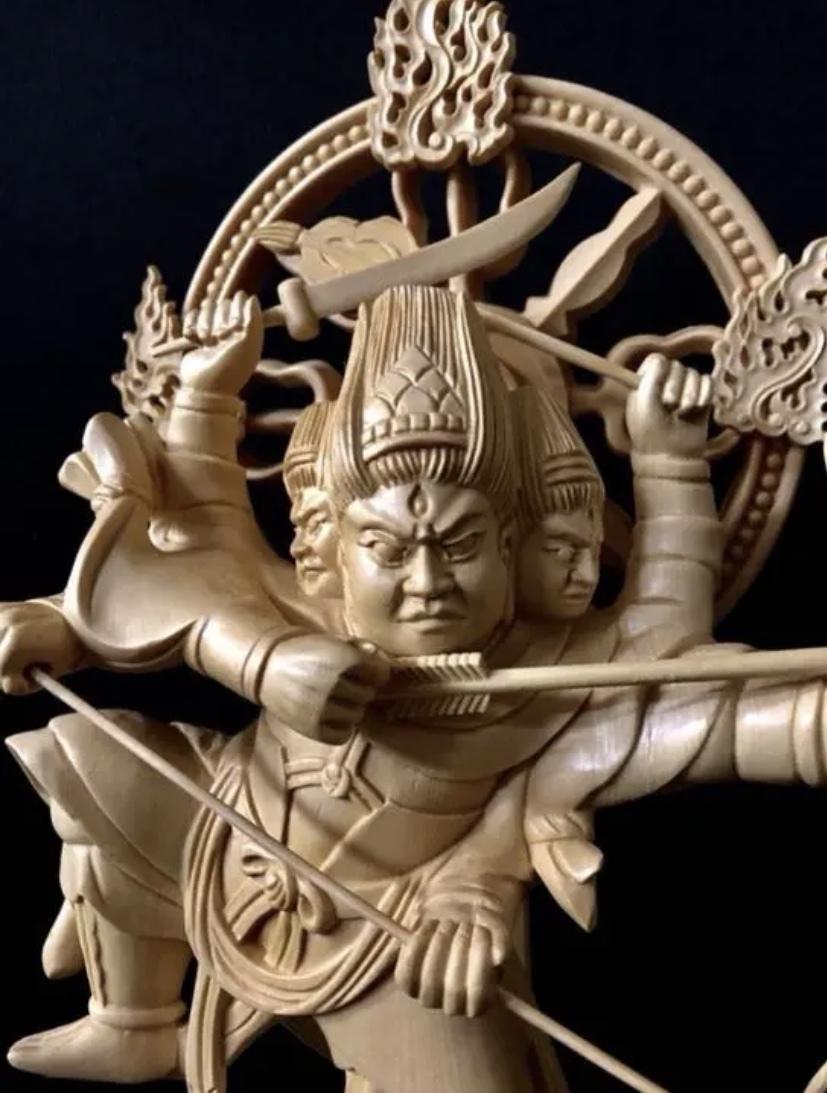 珍品 一点限り 大型50cm 総檜材 仏教工芸品 木彫仏教 精密彫刻 極上品 仏師で仕上げ品 武者 摩利支天立像_画像4