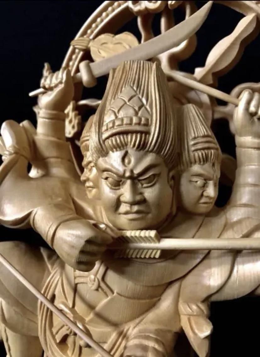 珍品 一点限り 大型50cm 総檜材 仏教工芸品 木彫仏教 精密彫刻 極上品 仏師で仕上げ品 武者 摩利支天立像_画像8