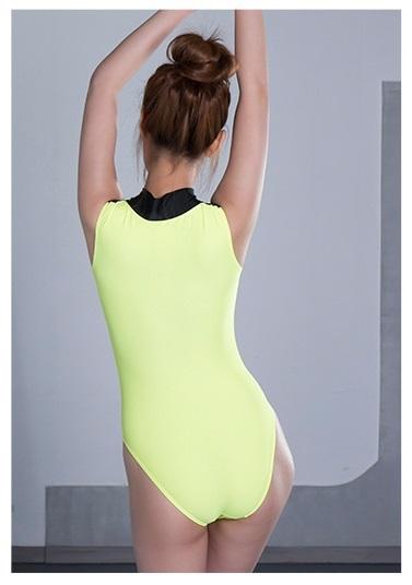 【ZMOST 最新作】コスプレ衣装 胸元ファスナー型 ☆高品質の生地体操服☆ 伸縮性あり イエロー フリーサイズ_画像2