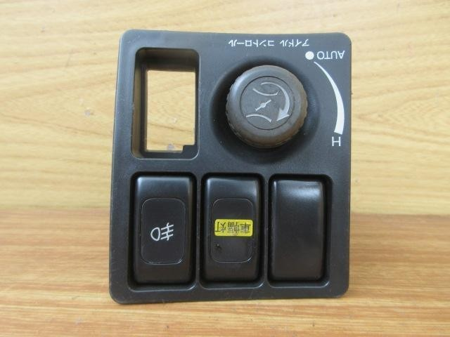 H20 ニッサンディーゼル コンドル(4t) MK36C スイッチ アイドルコントロール_画像2