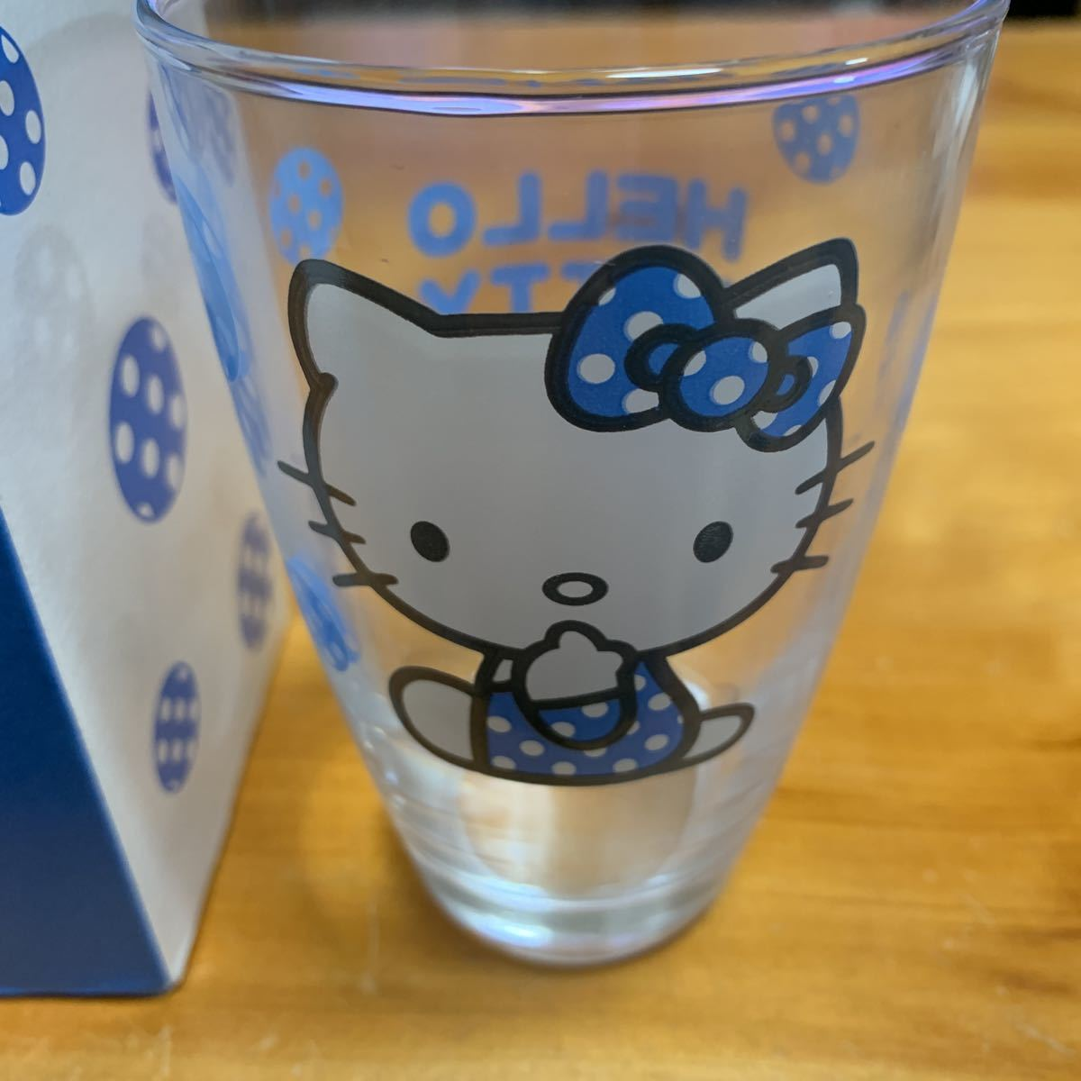 ハローキティ 清涼グラス 1個 洋服の青山 ノベルティ新品 未使用品 送料無料_画像2