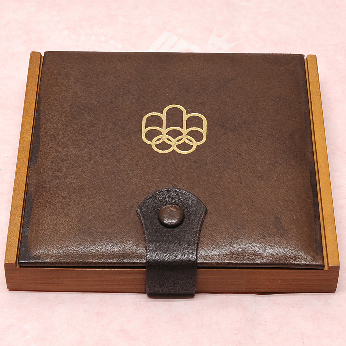 モントリオールオリンピック 10ドル銀貨×2枚 5ドル銀貨×2枚 送料無料 【m76】 1976年 カナダ COJO76 RENWICK 記念硬貨 エリザベス2世_画像6