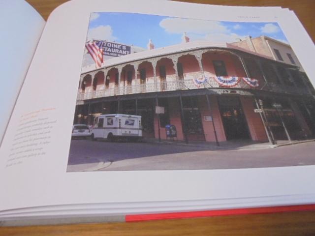 洋書The French Quarter of New Orleans ニューオリンズのフレンチクォーター写真集 旧市街の建築物 スタイル 歴史 _画像3