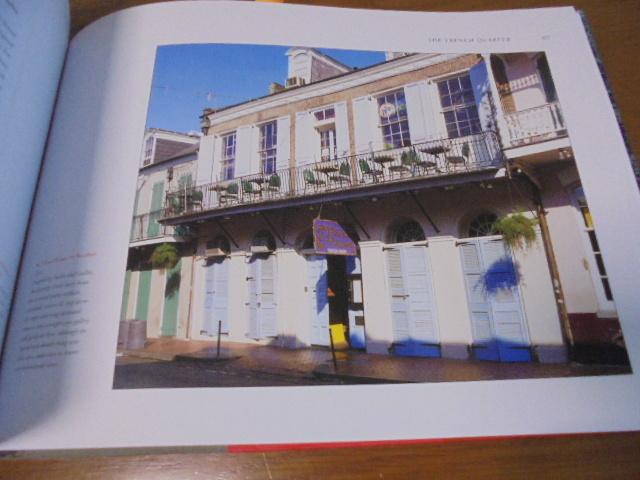 洋書The French Quarter of New Orleans ニューオリンズのフレンチクォーター写真集 旧市街の建築物 スタイル 歴史 _画像6