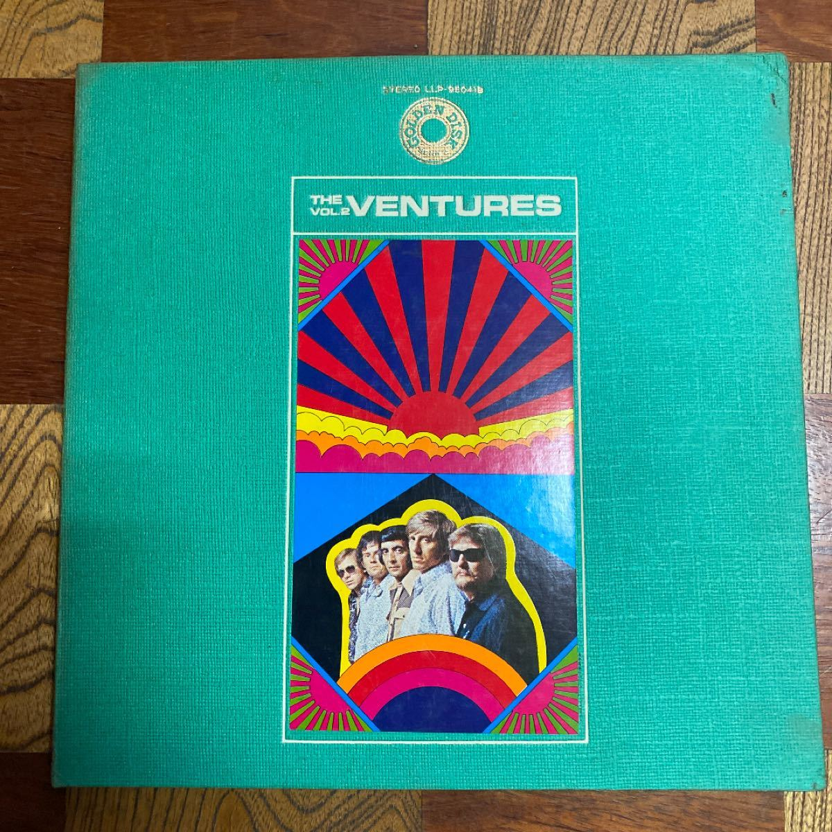 ザ・ベンチャーズ ゴールデンディスクvol.2 レコード盤