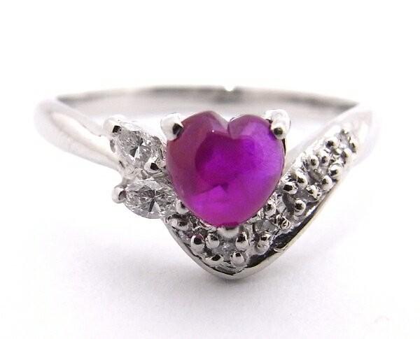 【中古】【程度A】 Pt900 プラチナ900 指輪 レッドストーン(ハート型)  0.87ct  ダイヤモンド 0.11ct ノーブランド リング_画像1