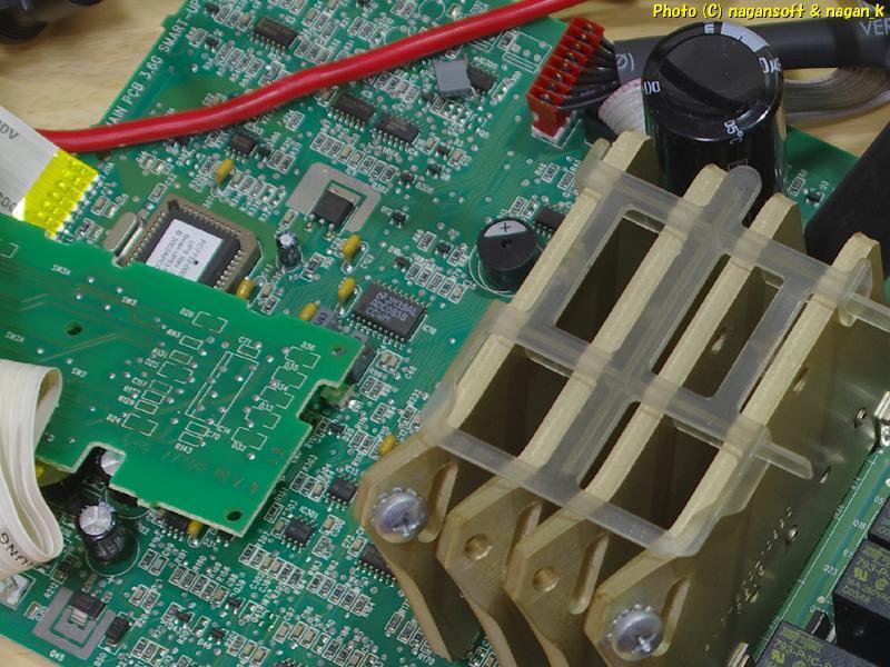 APC Smart-UPS 1000 から外した、フロントパネルと基盤_画像6