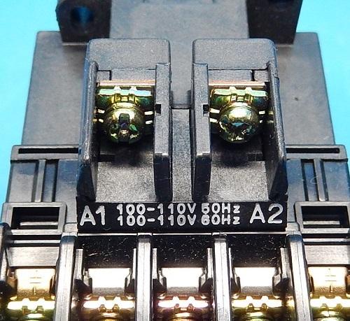 SC-05 コイルAC100V 2a  電磁接触器 富士電機 ランクB中古品_画像3