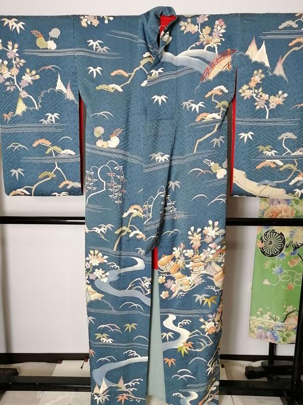 きものさらさ アンティーク着物 桜文様 訪問着 日本刺繍 古典文様 綸子 正絹 大正ロマン_画像3
