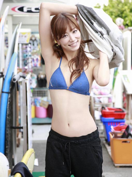 グラビア タレント シンクロ 青木愛5  Lサイズ10枚 水着、_画像1