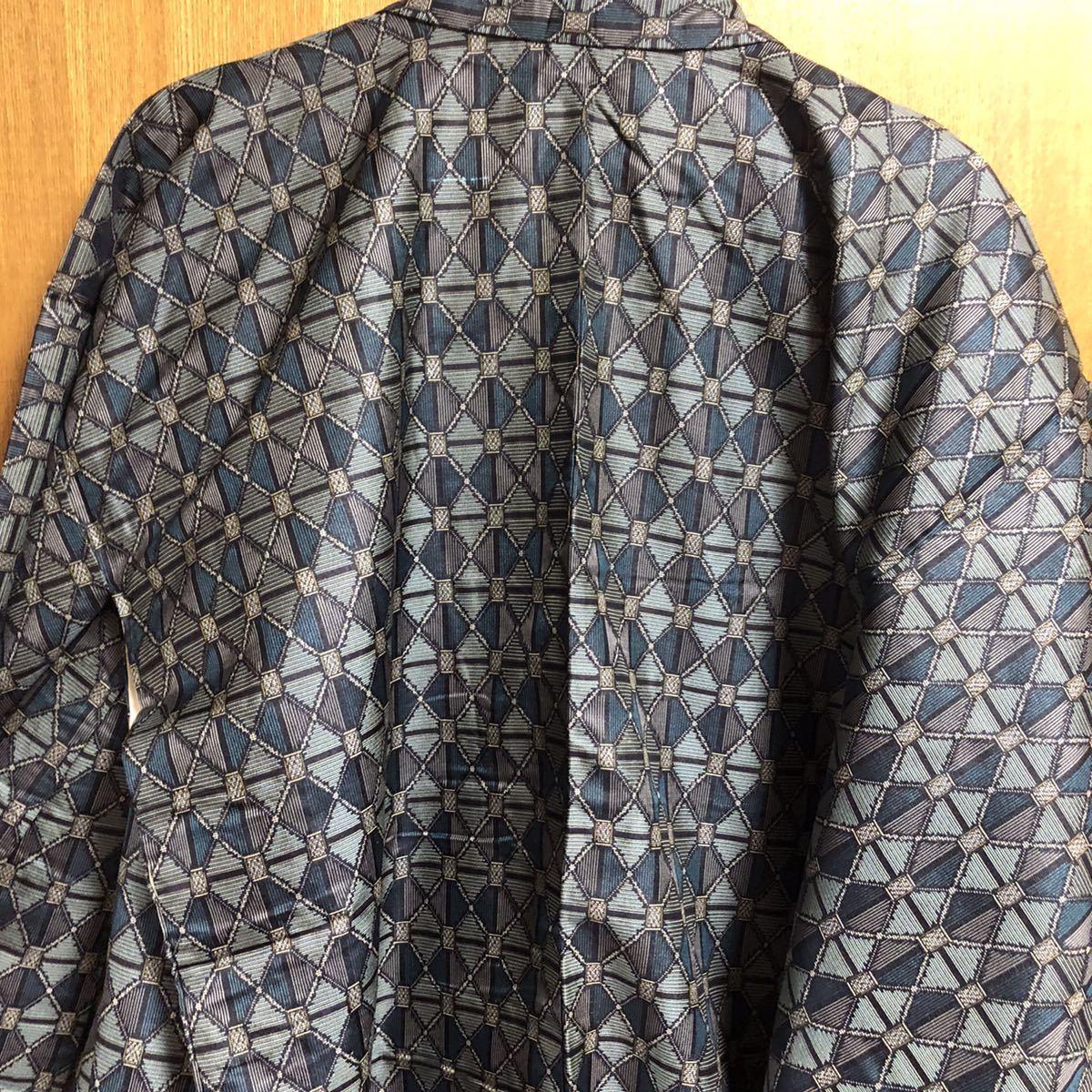 着物 正絹 和装 総柄 光沢 グレー 灰色 訪問着 着物リメイク