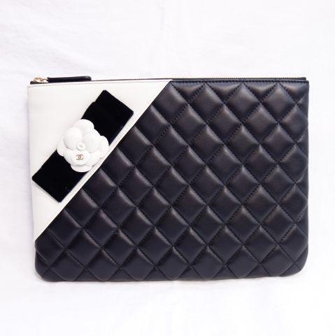 Клатч CHANEL Черный x Белый Женская сумка Second Coco Mark Camellia Brand Chanel R22-8 Chanel и сумка, сумка и сумочка