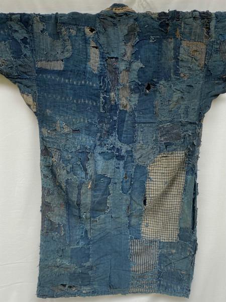究極の襤褸 明治期 襤褸 野良着 ボロ 藍染め 継ぎ接ぎ 溶けた木綿 アンティーク Japanese Antique boro アートピース 博物館級 資料 00s10s_画像4