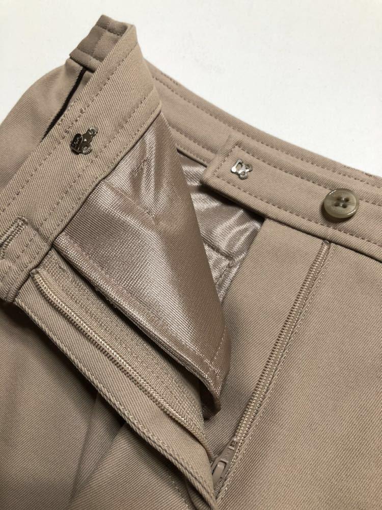 【美品】 Munsing wear golf マンシングウェア ゴルフ レディース ボトムス ハーフパンツ サイズ7 カーキ 日本製 デサント ILG8601_画像4