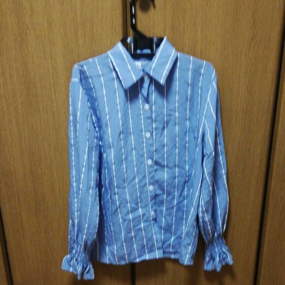 長袖ストライプシャツ