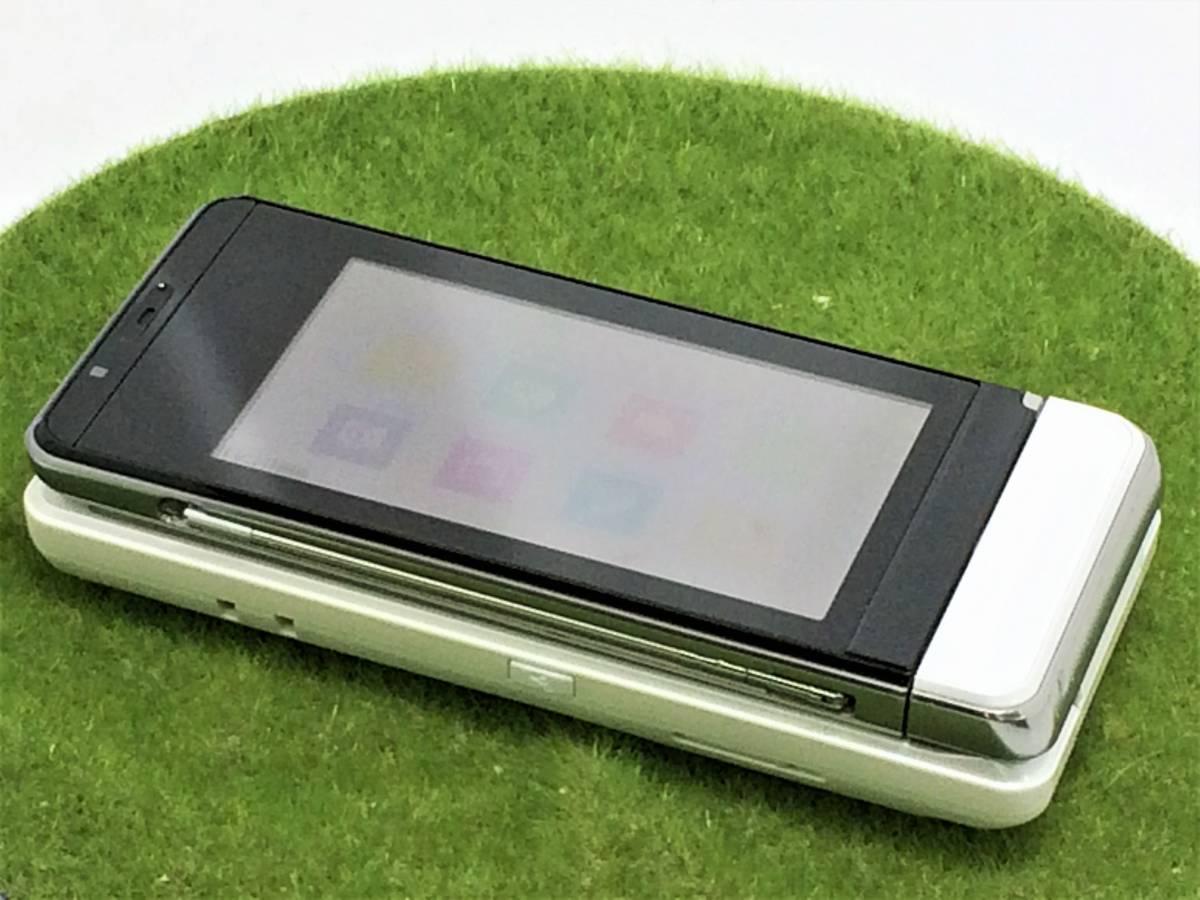 d565【美品・サマーセール】■同梱OK・初期化OK・簡易清掃OK・判定OK■docomo SH-03A ホワイト SHARP 中古 ガラケー 携帯 ドコモ FOMA_画像2