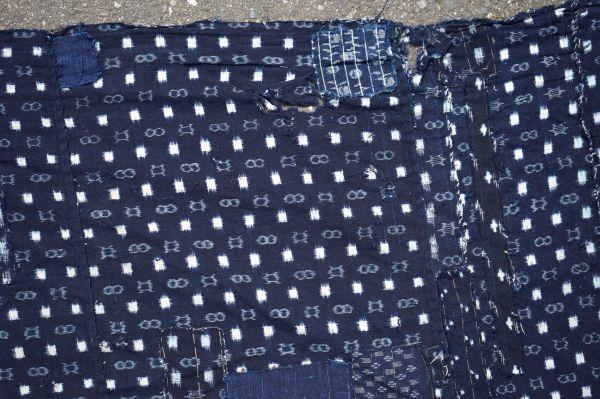 1214F4◆ボロ◆絣木綿(小柄)◆藍染木綿古布◆5幅◆継ぎ接ぎ◆継ぎ当て◆BORO◆襤褸◆リメイク素材◆_画像6