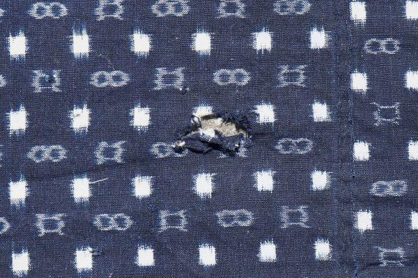 1214F4◆ボロ◆絣木綿(小柄)◆藍染木綿古布◆5幅◆継ぎ接ぎ◆継ぎ当て◆BORO◆襤褸◆リメイク素材◆_画像3