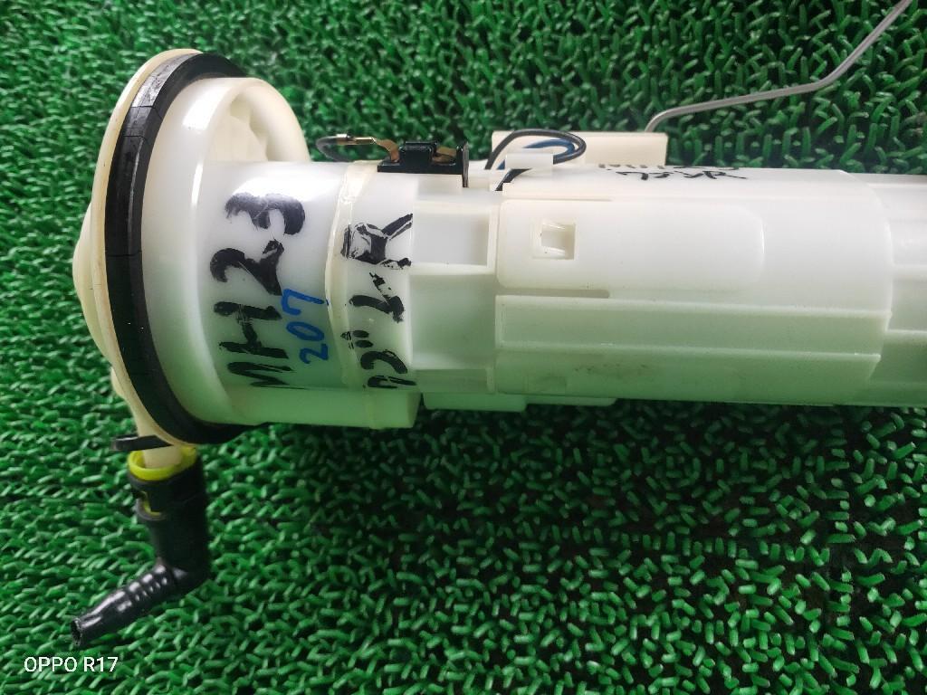 ワゴンR MH23S フューエルポンプ 燃料ポンプ_画像2