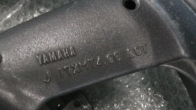 XJR400R 4HM-057xxx の リアホイール タイヤ付 *1568164596 中古_画像2