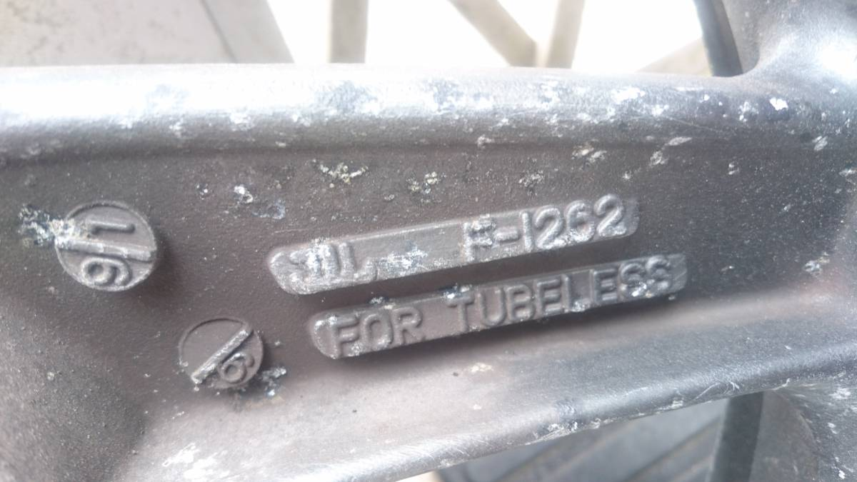 ZZR400 K型 フロントホイール3.5J17インチ ZZ-R400 GPZ900Rゼファー750ZRX400流用に_画像3