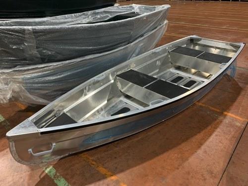 「V型でもフラット床/ Karamas 330SVは免許不要/42kg/全国送料22000円/アルミカラー」の画像1