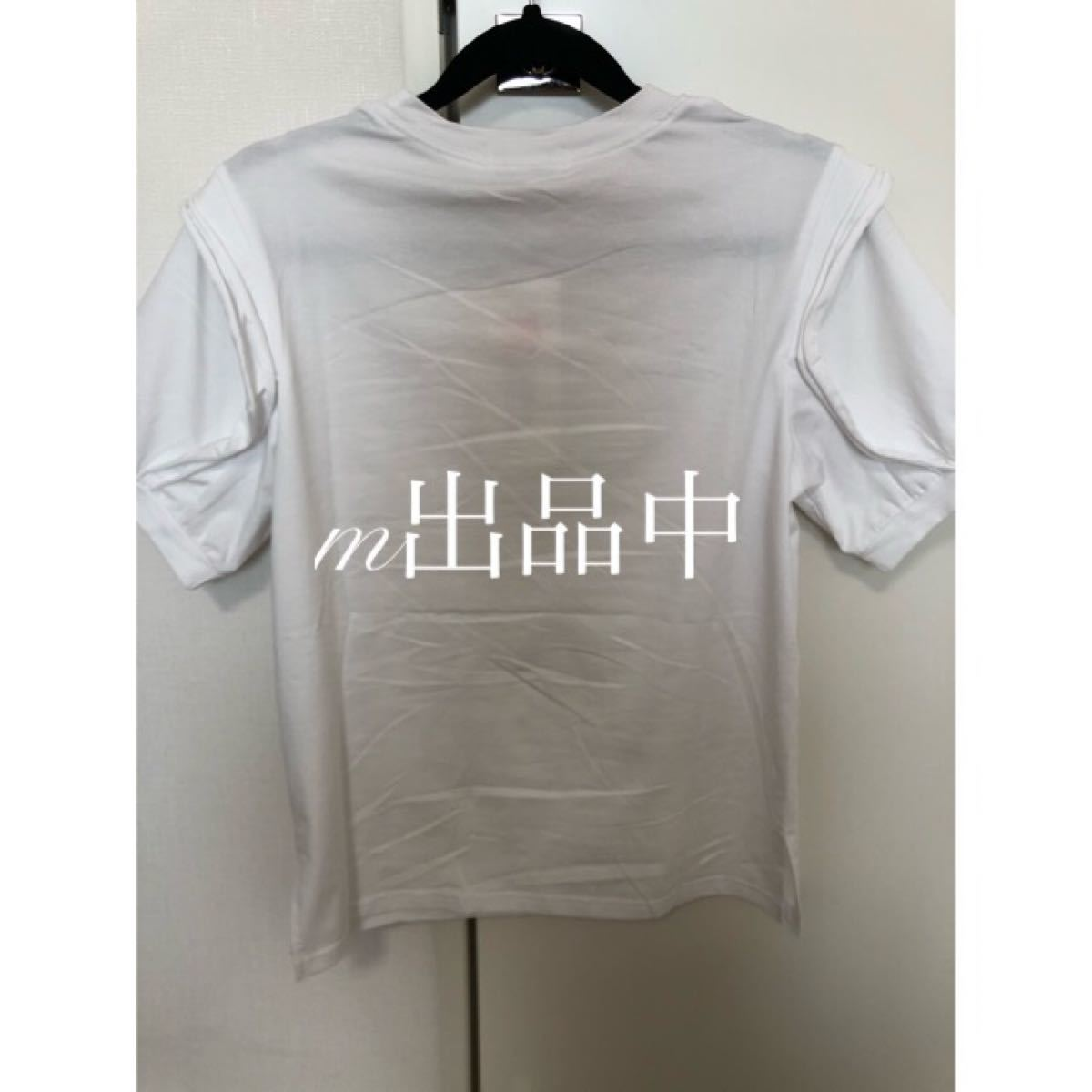 袖フリルTシャツ パフスリーブ カジュアル 白T シンプル スリット モード