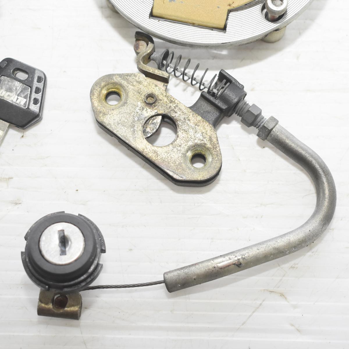 ドゥカティ SS900 ZDM1LC メインキー タンクキャップ シートロック 共通キーセット 【A】ASV_画像3