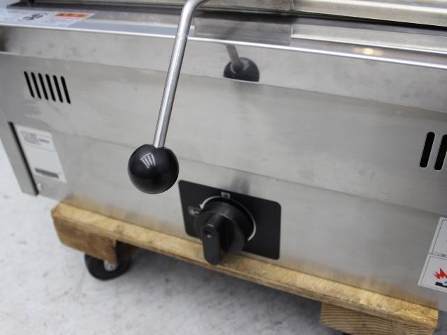 03-26888 中古 タニコー 餃子焼器 N-TCZ-6060G 都市ガス ギョーザ焼き 業務用 厨房機器 600×600×260 ガス式 グリドル 仕切りなし_画像3