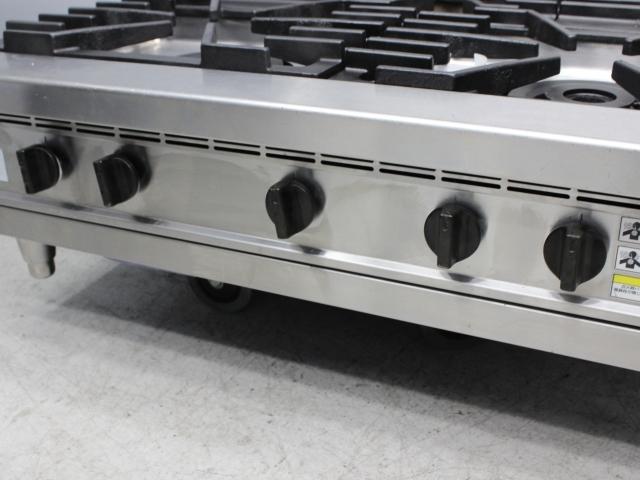 03-27490 中古品 フジマック ガスコンロ FGTNS097521 都市ガス 3口 厨房機器 業務用 卓上タイプ ガステーブルコンロ 900×750×300_画像3
