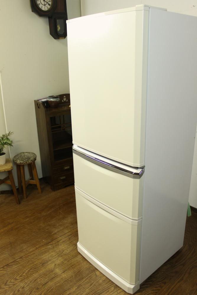 三菱 3ドア ノンフロン冷凍冷蔵庫 MR-C34W 白 340L ホワイト中古 自動製氷 大型 大きめ 家庭用 右開き_画像5
