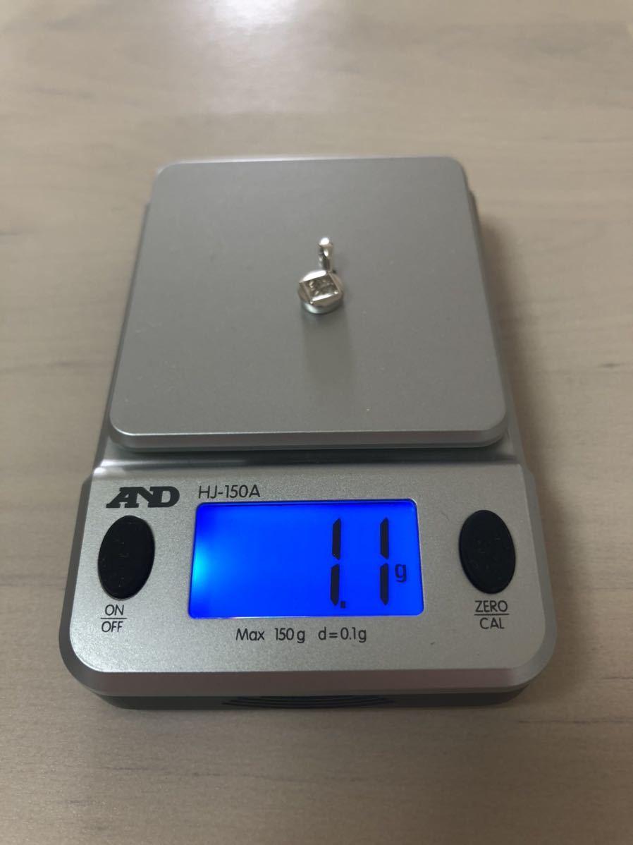 K18WGペンダントトップD0.30刻印1.1g