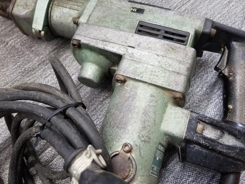 日立工機【中古】DH38SA ハンマドリル 38mm 100V 動作確認済み ビット多数 HITACHI はつり ハツリ 電動工具 掘削 ハンマー _画像4