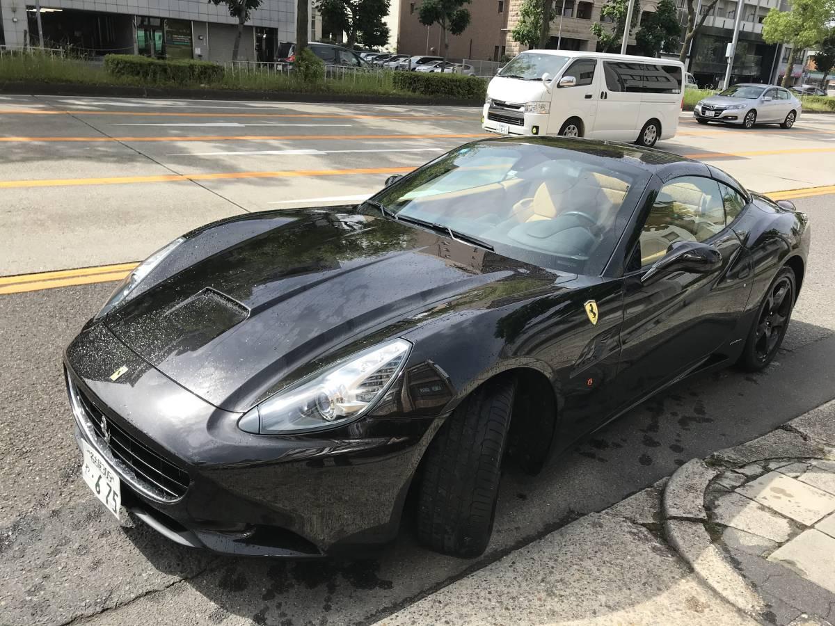 フェラーリ カリフォルニア 正規ディーラー車 バックカメラ 最安保証 社外ナビ_画像2