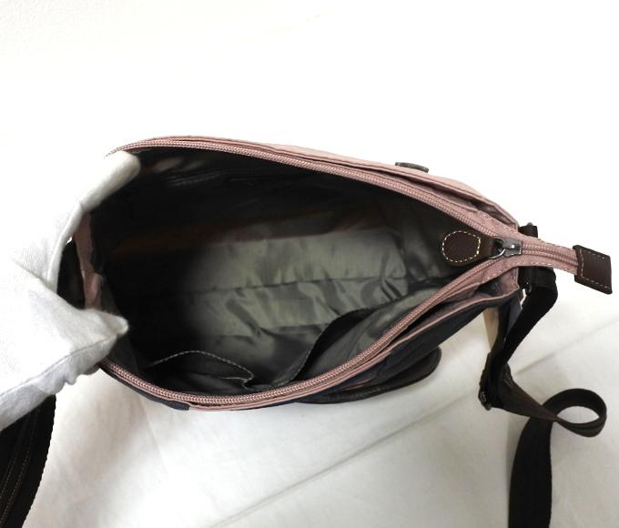 デニム レディース ショルダーバッグ ピンク 斜め掛け 軽い たくさん入る おしゃれ カバン かばん 鞄 ミセス 女性 シニア 母の日 ギフト_画像4