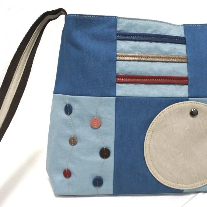 デニム レディース ショルダーバッグ ブルー 斜め掛け 軽い たくさん入る おしゃれ カバン かばん 鞄 ミセス 女性 シニア 母の日 ギフト_画像3