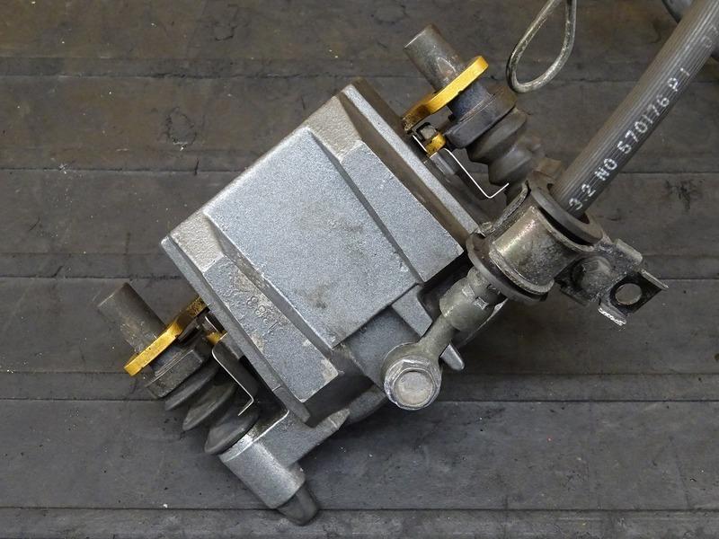 【200624】ZZR250(EX250H-072)■ フロントブレーキキャリパー フロントブレーキマスターシリンダー Φ1/2 【ZZ-R250_画像3