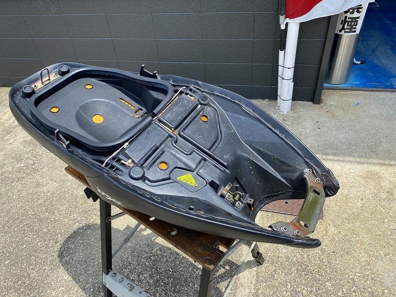 マジェスティ125Fi DCR製シート _画像6