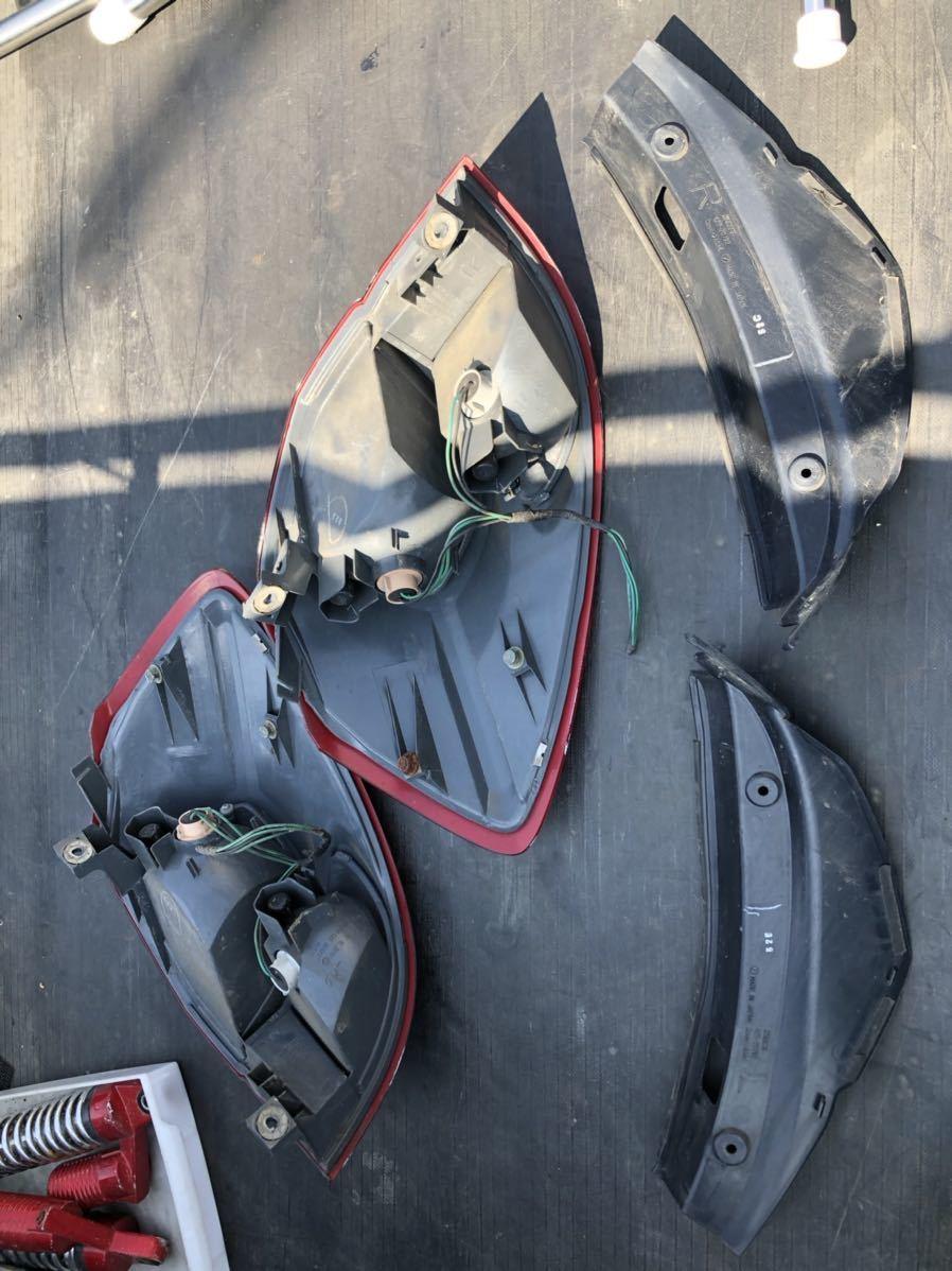 レガシー レガシィ テールランプ テールライト テールレンズ 左右セット スバル 平成16年式_画像2