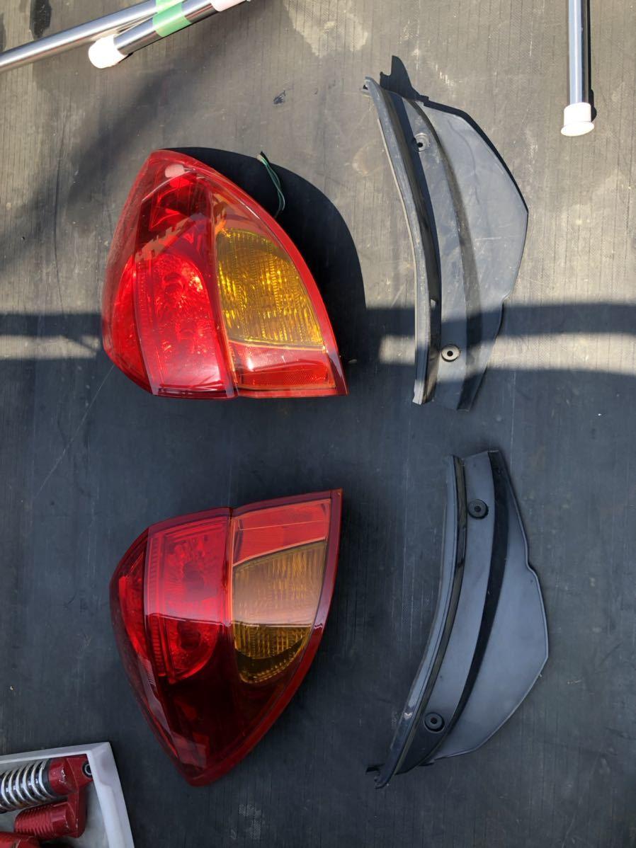 レガシー レガシィ テールランプ テールライト テールレンズ 左右セット スバル 平成16年式_画像1