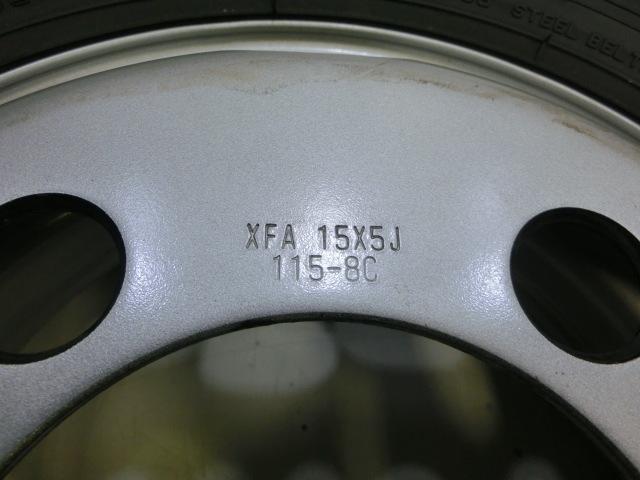 TA40-014 新車外し キャンター 2020年製 15×5J 115-8C 195/85R15 113/11L (2本セット)_画像4