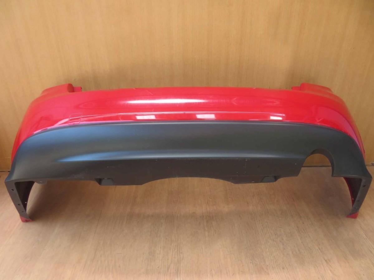 H29 インプレッサG4 GK7 M7Y/レッド/赤/レッド/赤 リアバンパー/Rバンパー/リヤバンパー/Rrバンパー_画像3