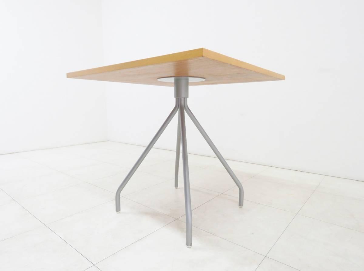 ■IDEE イデー■CRIS CROSS■ダイニングテーブル■カフェスタイル■検シボネコンランアクタス_画像3