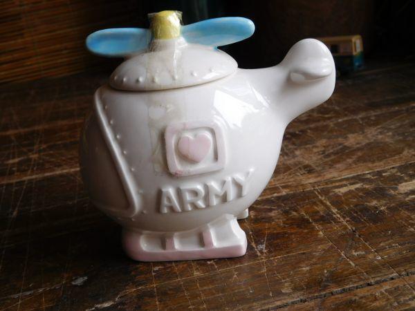 昭和レトロARMY ヘリコプター 陶製 小物入れ  DAISY HILL 日本製 12x8.5h10cm_画像1